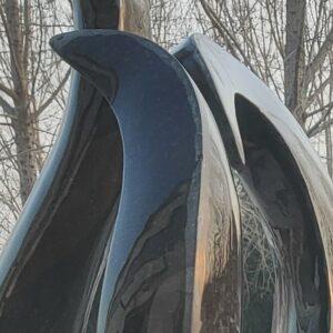 Granitbrunnen schwarz poliert detail
